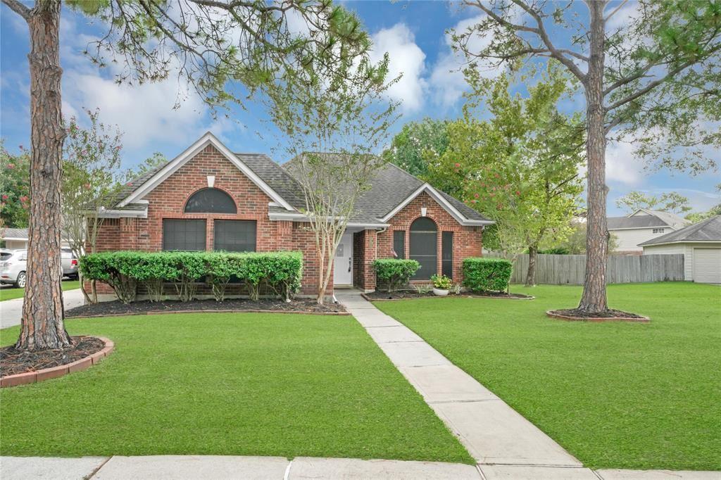 14711 Redwood Trail Bend, Houston, TX 77062 - MLS#: 75616557
