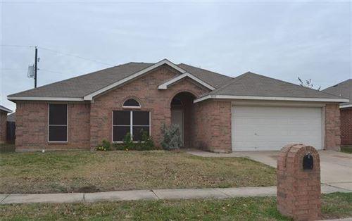 Photo of 8036 McMurtry Drive, Arlington, TX 76002 (MLS # 13540558)