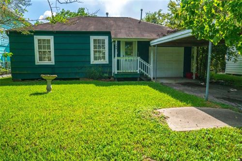 Photo of 130 W 6th Street, Kemah, TX 77565 (MLS # 9953559)