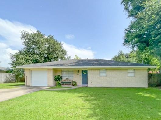 611 Carolyn Street, Winnie, TX 77665 - MLS#: 64115559