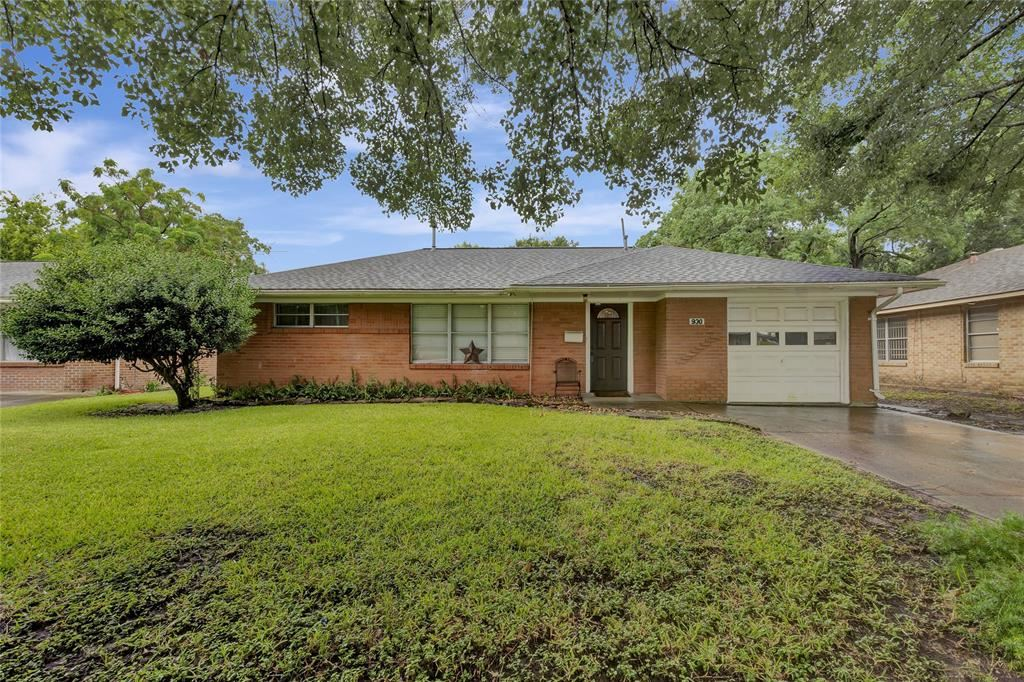 930 Creager Street, Houston, TX 77034 - #: 43810561