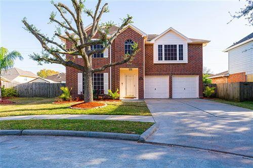 Photo of 611 Oak Hill Drive, Kemah, TX 77565 (MLS # 44356564)