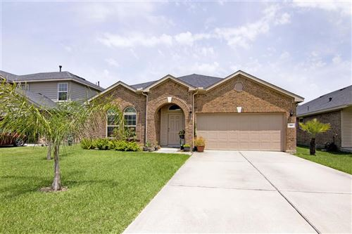 Photo of 310 Gulf Winds Drive, Bacliff, TX 77518 (MLS # 73859565)