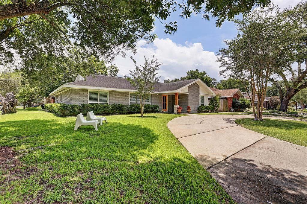 4801 Willowbend Boulevard, Houston, TX 77035 - #: 60718565