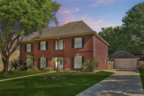 Photo of 3311 Amber Forest Drive, Houston, TX 77068 (MLS # 76135567)