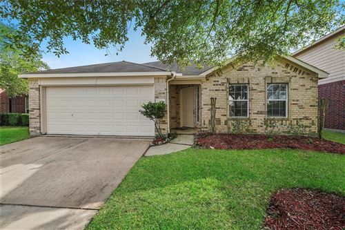 Photo of 12612 Emerald Springs Drive, Pearland, TX 77584 (MLS # 41696568)