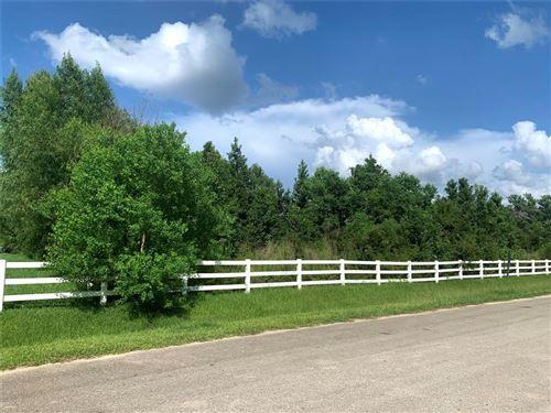 Photo of 0 W Border Oak Drive, Magnolia, TX 77354 (MLS # 2212573)