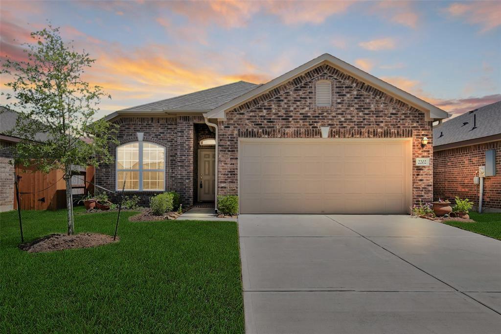 2202 Mirror Ridge Court, Texas City, TX 77568 - MLS#: 33023573