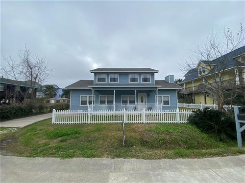 Photo of 911 Hawthorne Road, Clear Lake Shores, TX 77565 (MLS # 30473574)