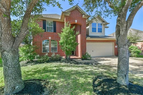 Photo of 1908 Lazy Hollow Lane, Pearland, TX 77581 (MLS # 32837575)