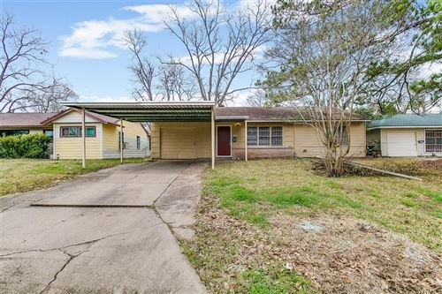Photo of 6315 Belarbor Street, Houston, TX 77087 (MLS # 24356576)