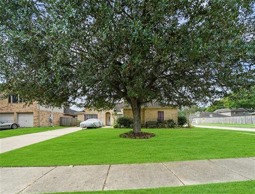 Photo of 1802 Kemah Oaks Drive, Kemah, TX 77565 (MLS # 98514576)
