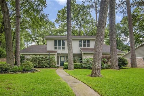 Photo of 2111 Hickory Creek Drive, Houston, TX 77339 (MLS # 96691577)