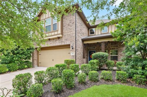 Photo of 126 N Heritage Mill Cir, The Woodlands, TX 77375 (MLS # 32712579)