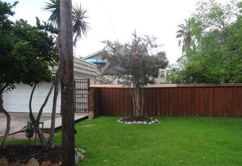 Photo of 514 Oak Road, Kemah, TX 77565 (MLS # 28544581)