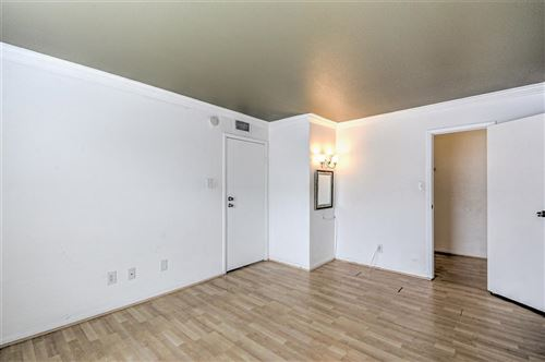 Tiny photo for 3025 Walnut Bend Lane #28, Houston, TX 77042 (MLS # 3905586)