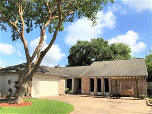 Photo of 511 White Wing Court, Dickinson, TX 77539 (MLS # 54360586)