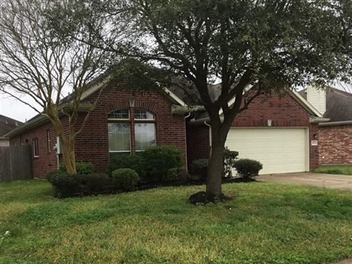 Photo of 4922 Chase More Drive, Bacliff, TX 77518 (MLS # 94054588)