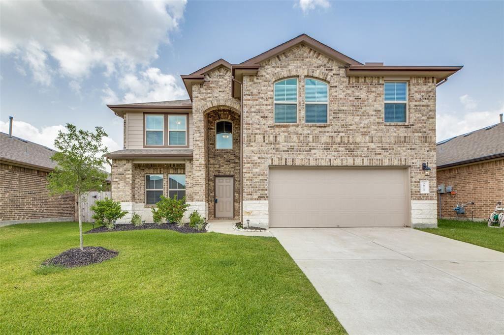 Photo for 3015 Magellan Ridge Lane, Baytown, TX 77521 (MLS # 91182590)
