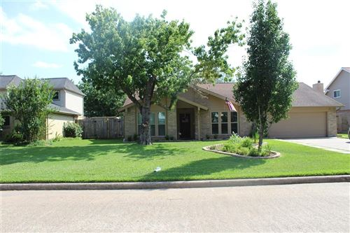 Photo of 411 Westwood Drive, Friendswood, TX 77546 (MLS # 13410591)