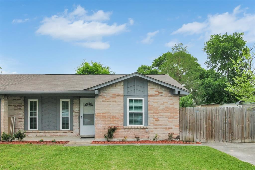 Photo for 12714 Summer Mill Drive, Houston, TX 77070 (MLS # 45798592)