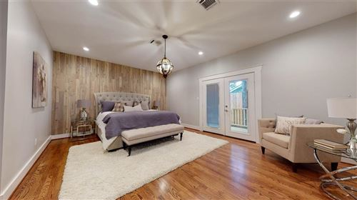 Tiny photo for 1418 Studewood Street, Houston, TX 77008 (MLS # 69477594)