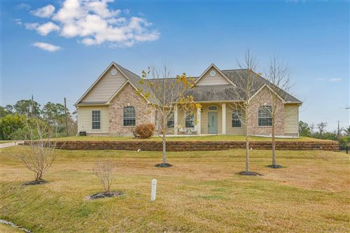 Photo of 825 S Country Club Drive, Shoreacres, TX 77571 (MLS # 15290595)