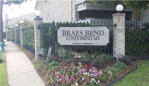 Photo of 10721 Braes Bend Drive, Houston, TX 77071 (MLS # 51844595)