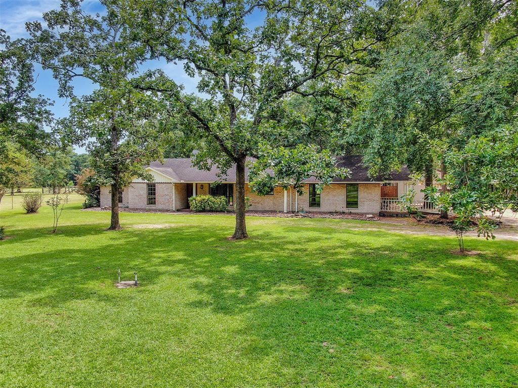 Photo for 10430 Iron Ore Road, Conroe, TX 77303 (MLS # 79139595)