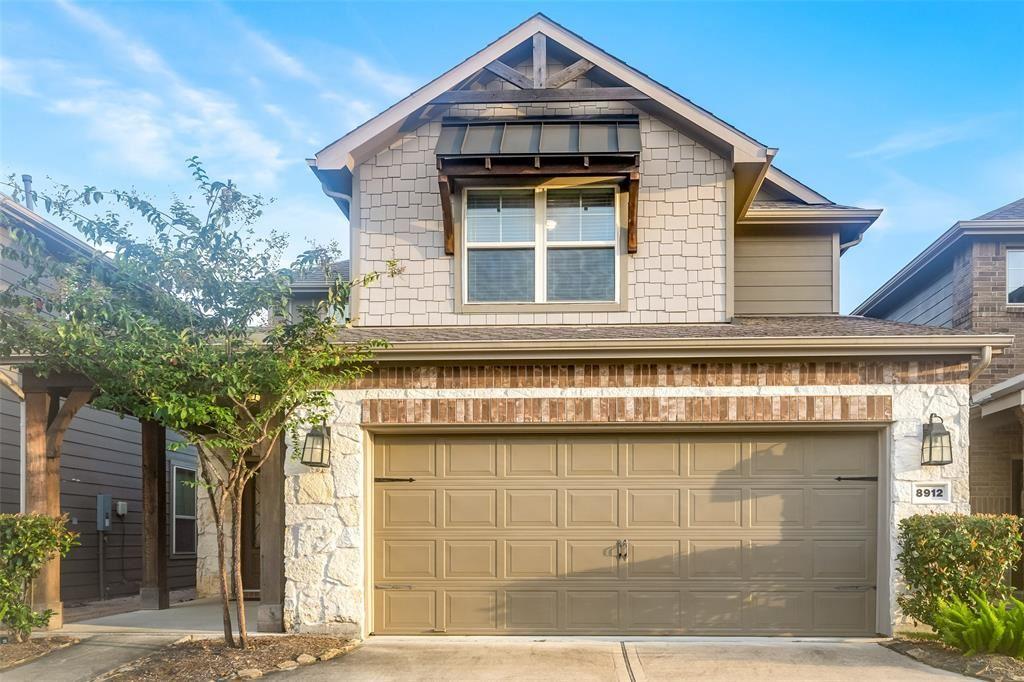 Photo for 8912 Live Oak Grove Lane, Houston, TX 77080 (MLS # 70494598)