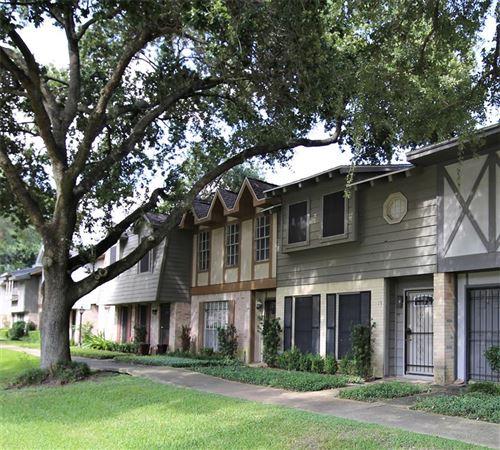 Photo of 10018 Knoboak Drive #12, Houston, TX 77080 (MLS # 38974600)