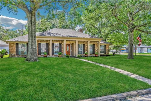 Photo of 2535 Moss Hill Drive, Houston, TX 77080 (MLS # 87757601)