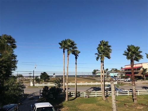 Photo of 220 21st Street Street, San Leon, TX 77539 (MLS # 18105602)