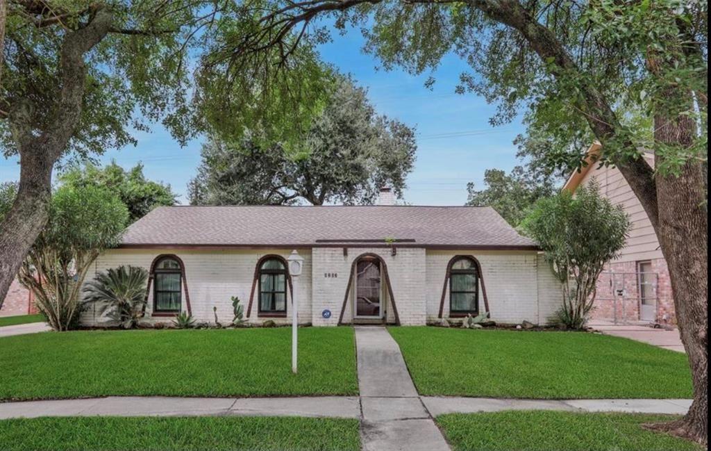 9202 Willow Meadow Drive, Houston, TX 77031 - #: 51721602