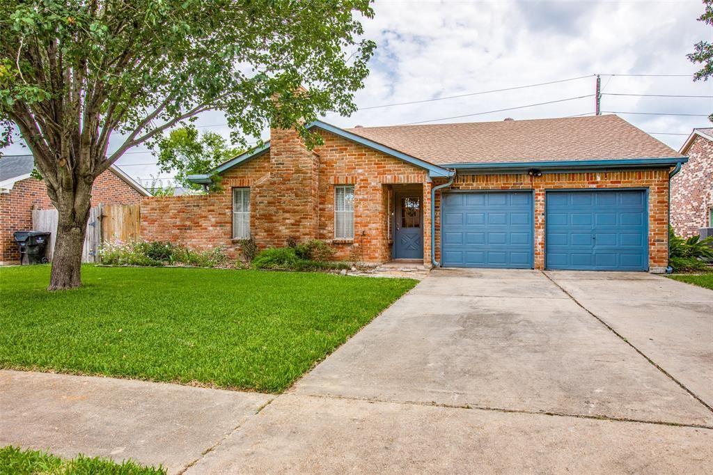 Photo for 16610 Castle Fraser Drive, Houston, TX 77084 (MLS # 14467605)