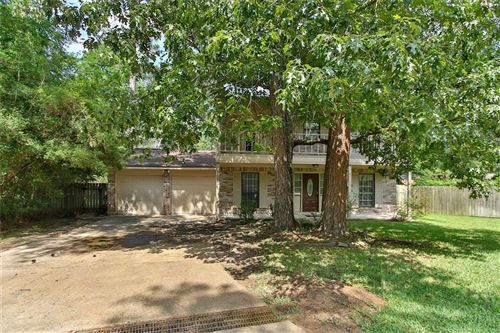 Photo of 10 E Broken Oak Court, The Woodlands, TX 77381 (MLS # 12386609)