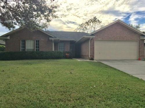 Photo of 2310 Sherwood Hollow Lane, Houston, TX 77339 (MLS # 79654615)
