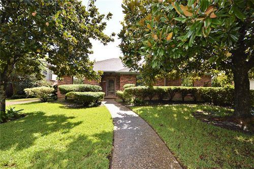 Photo of 1722 Fairoaks Street, El Lago, TX 77586 (MLS # 98456615)