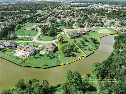 Photo of 435 Old Orchard Drive, Dickinson, TX 77539 (MLS # 60021617)