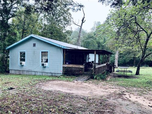 Photo of 15318 Holly Lane, Conroe, TX 77303 (MLS # 68875619)