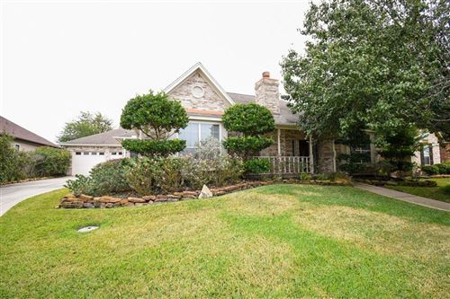 Photo of 20 Somerton Drive, Montgomery, TX 77356 (MLS # 37588620)