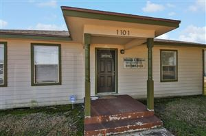 Photo of 1101 W South Street, Alvin, TX 77511 (MLS # 18472623)
