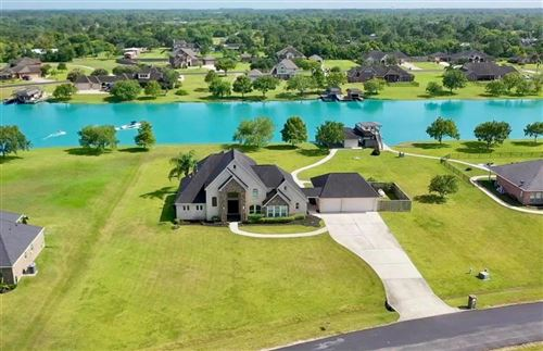 Photo of 210 Lago Circle Drive, Santa Fe, TX 77517 (MLS # 29235623)