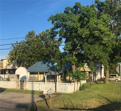 Photo of 439 Grand Avenue, Bacliff, TX 77518 (MLS # 15873625)