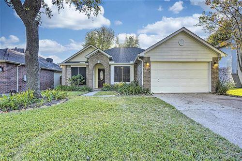 Photo of 1734 Kemah Oaks Drive, Kemah, TX 77565 (MLS # 27409625)