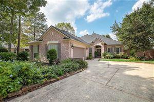 Photo of 39 N Manorcliff Place, The Woodlands, TX 77382 (MLS # 52191625)