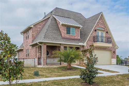 Photo of 317 Twin Timbers Lane, Kemah, TX 77565 (MLS # 94382625)