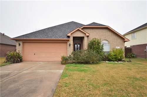 Photo of 5023 Chase Wick Drive, Bacliff, TX 77518 (MLS # 38828632)