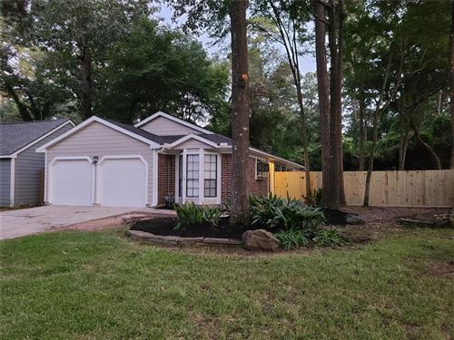 Photo of 8 Camberwell Ct Court, The Woodlands, TX 77380 (MLS # 19410633)