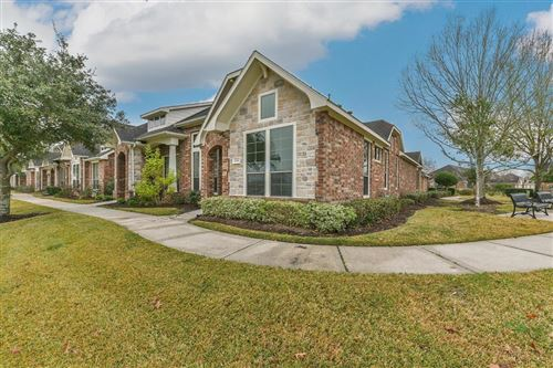 Photo of 2658 Arbor Hill Lane, Pearland, TX 77584 (MLS # 36791633)